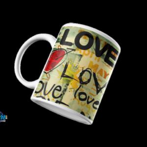Caneca LOVE Caneca de porcelana, com o tema Amor, para se amar enquanto tomas o teu café ou chá preferido.